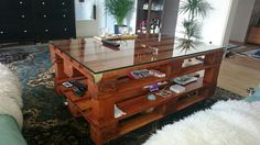 Die 19 Besten Bilder Von Furnitures Furniture From Pallets