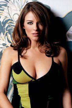 Elizabeth Hurley. More sexy models http://sexy-calendars.com