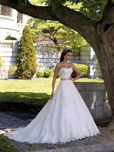 Hand-beaded Tulle Princess Wedding Dress UK