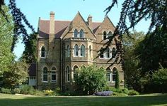 Wycliffe Hall, Oxford.     Yep, this is where I'm studying abroad at.