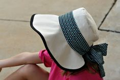 Sun hat tutorial. (I need something just like this when out working in the yard/garden. I've had skin cancer behind my ear of all places! Guess that's a forgotten, vulnerable area. Slather on the sunscreen!)