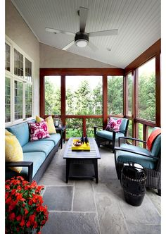 Would love to have a sun room with one half like this and the other half with a table and chairs for eating.