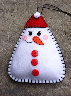 Snowman Felt Doll/Ornament/Pin, www.etsy.com/shop/patsfabriccreations