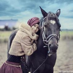 Country Outdoors Outfit  |  Note the belt over her maxi - perfect simple belt :)  | Who says Hijabers can't ride horses? :) Love the outdoors! :) (Source: Hijabonita)