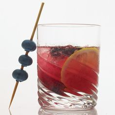 Blueberries Gone Wild   This gin drink showcases antioxidant-dense ingredients, including blueberries and pomegranate. #howisummer