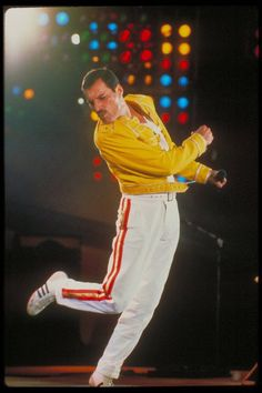 Fan Art of Freddie ♥ for fans of Freddie Mercury 31684706 Queen Freddie Mercury, Freddie Mercury Quotes, Tears In Heaven, Brian May, George Harrison, Queen Songs, Funny Videos, Freddie Mercuri, Freedy Mercury