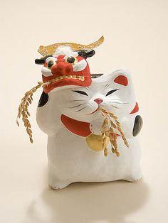 平成の招き猫100人展 Japanese Cat, Japanese Toys, Maneki Neko, Crazy Cat Lady, Crazy Cats, Japan Crafts, Clay Figurine, Cat Doll, Japan Art