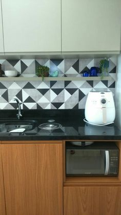 Marvelous Cozinha movel na cor Louro Freijo da Masisa e Fendi da Guararapes Papel de