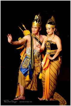 Cambodian Royal Ballet Renowned for its graceful hand gestures and stunning costumes, the Royal Ballet of Cambodia has been recognized by.