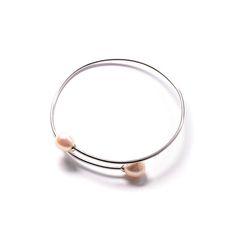 Βραχιόλι  χειροπέδα  πέρλα ασήμι 925  4521 Bangles, Bracelets, Jewels, Pearls, Jewerly, Bracelet, Gemstones, Cuff Bracelets, Fine Jewelry