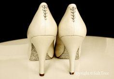 Glitter mod podge soles. #modpodge #crafts #shoes #diy