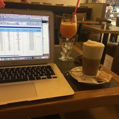 My office today! #officestyle #remoterecruiter #soyalatte #freshjuice #nostress #pilsengirl
