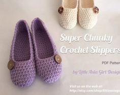 Crochet shell lace fingerless gloves PDF pattern par LittleAsiaGirl