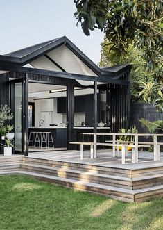 An Understated, Architectural Home That 'Isn't Up Itself' (The Design Files) Australian Architecture, Australian Homes, Australian Country Houses, Architecture Awards, Architecture Design, Residential Architecture, Contemporary Country Home, Modern Coastal, Grand Designs Australia