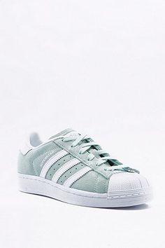 adidas Originals - Baskets Superstar vert menthe Chaussure, Baskets Adidas,  Magasin De Chaussures, d3d04eb221d2