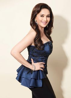 Madhuri Dixit In Innana By Jade Couture & Farah Khan Ali Jewells on Filmfare March 2014. Styled By Pearl Shah