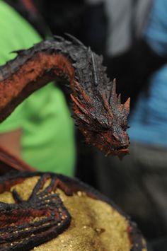 2014 San Diego Comic-Con (SDCC), Weta. The Hobbit - Smaug close up.