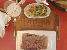 Cecina de Yecapixtla, un gran sabor muy tradicional, la guarnición de nopales con guacamole picante esta para chuparse los dedos.
