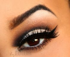 Beauty Palmira: Pin up Cut crease