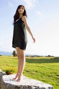 beautynbarefoot:  Hinako Sano