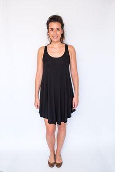 Swing Dress Scoop Neck - Black