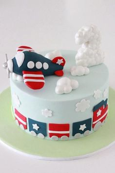airplane cake For Boys - Birthday cake boys airplane cloud ideas Pretty Cakes, Cute Cakes, Airplane Birthday Cakes, Cake Birthday, Airplane Cakes, Birthday Cake Kids Boys, Happy Birthday, Fondant Cakes, Cupcake Cakes