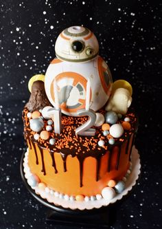 Star Wars The Force Awakens Birthday Party - Star Wars Girls Ideas of Star Wars Girls - Star Wars The Force Awakens Birthday Party Star Wars Birthday Cake, Birthday Cake Girls, 5th Birthday, Birthday Cakes, Birthday Ideas, Cupcakes, Cupcake Cakes, Girls Star Wars Party, Girls Star Wars Cake