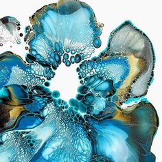 #art #artist #artsy #artlovers #fluidart #myart #fluidartwork #fluidartgallery #originalart #modernart #contemporaryart #paintpour #dirtypour #artprints #acrylicpour #inks #instaart #instadaily #oddlysatisfying #coastalart #galleryart #instagood #flowerart #artresin #visualart #fluidacrylic #artoftheday #artforsale #resinart