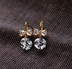 Best trends for Feminine Zirconia Dangle Earrings, posted on June 2014 in Wedding Jewelry Diamond Bows, Fashion Beauty, Womens Fashion, Fashion Goth, Cowgirl Style, Looks Style, Diamond Are A Girls Best Friend, Mode Style, Bling Bling