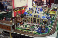 Disney Lego, Disneyland Fantasyland Courtyard