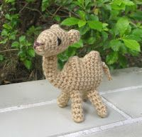AmigurumiCat: 雙峰駱駝(新版) 2-humped camel (new version) #crochet #amigurumi