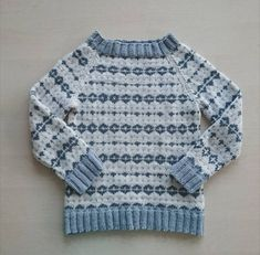 Ravelry: Noragenseren pattern by Pia Marlene Øye Amundsen Knitting For Kids, Knitting Projects, Baby Knitting, Diy Craft Projects, Diy Crafts, Baby Barn, Cool Sweaters, Jumpers, Merino Wool