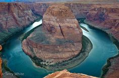 Google Image Result for http://terrywhite.com/techblog/wp-content/uploads/2009/04/horseshoe_bend.jpg