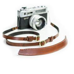 HARNEZ Camera Harness & Strap | Full Grain Vegetable Tanned Leather | Castello DaVarg Texas USA | Castello DaVarg