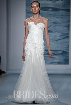 Mark Zunino - Fall 2015. Wedding dress by Mark Zunino
