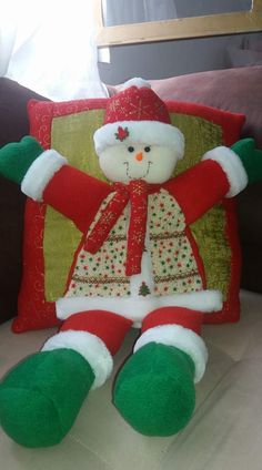 Christmas Centerpieces, Decoration, Christmas Stockings, Elf, Holiday Decor, Crafts, Home Decor, Christmas Cushions, Christmas Ornaments