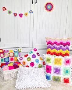 Crochet Pillow Cases, Crochet Cushion Cover, Crochet Pillow Pattern, Crochet Cushions, Granny Square Crochet Pattern, Crochet Diagram, Crochet Stitches, Crochet Patterns, Crochet Home
