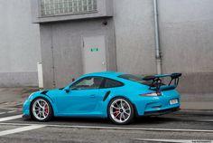 Freshly delivered Porsche 991 RS at the Porsche factory Zuffenhausen Porsche 911 Gts, Porsche Cars, Porsche Factory, Gt3 Rs, Dream Cars, Miami, Motorcycles, Modified Cars, Car Stuff