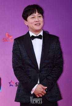 Cha Tae Hyun at the KBS Entertainment Awards Cha Tae Hyun, Season 3, Awards, Entertainment, My Style, Entertaining