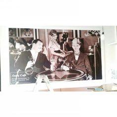 Stampa digitale su mdf cm 300x 180 finita di conrice in laminato bianco.  MONTAGGIO TERMINATO.   presto tutte le foto di questo restyling sul nostro sito.   STAY TUNED   #graphic #print #interior #bar #restyling #decor - http://ift.tt/1FeLg8p