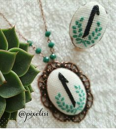 Diy And Crafts, Cross Stitch, Beaded Bracelets, Embroidery, Pendant, Jewelry, Hardanger Embroidery, Punto Croce, Jewellery Making