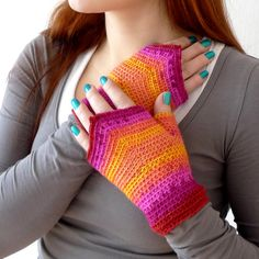Fingerless crochet fairy mittens. Shannon! Pleeeeeease make these for me!