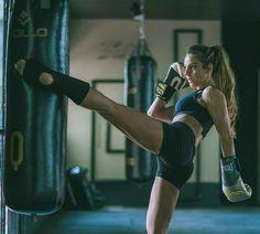 Female Fitness 590816044845848117 - Pity Sehbe thai Source by levpodshivalov Fitness Home, Sport Fitness, Yoga Fitness, Fitness Models, Fitness Watch, Taekwondo, Kickboxing Women, Kickboxing Workout, Kickboxing Mujeres