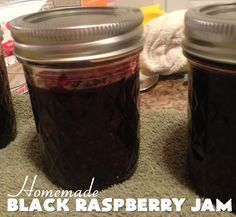 Homemade Black Raspberry Jam There are wonderful things happening here in the mountains of East Tennessee. There are fresh berries in season and they are plentiful. Last weekend, my Mother in law, daughter, and I went… Jelly Recipes, Jam Recipes, Canning Recipes, Recipies, Black Raspberry Jelly Recipe, Fruit Jam, Jam And Jelly, Edible Food, Homemade Black