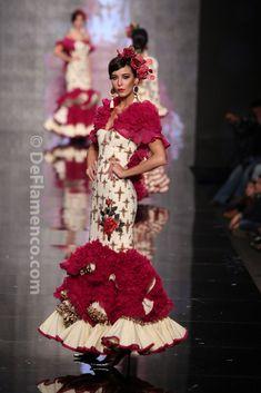 Fotografías Moda Flamenca - Simof 2014 - Ana Moron '2014' Simof 2014 - Foto 02 Flamenco Dresses, Fishtail, Virginia, Mermaid, Lady, Inspiration, Beauty, Fashion, Ladies Dresses