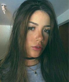 """Emily, mais conhecida como a Filha do Dono do morro Com 16 anos a """"… #ficçãoadolescente # Ficção adolescente # amreading # books # wattpad"""
