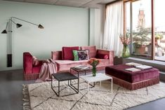 Ester Bruzkus' Berlin Apartment is an idiosyncratic home that encapsulates all the qualities of Ester's architecture and interior design . Apartment Interior Design, Home Interior, Luxury Interior, Living Area, Living Spaces, Living Room, Berlin Apartment, Yoga Studio Design, Colorful Apartment