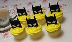 Batman mask cupcake topper