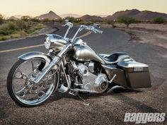 2009 Harley-Davidson Road King Custom | Distracting Death | Baggers