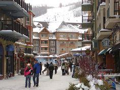 (Amazing place to visit) ---> Blue Mountain Resort, Collingwood, Ontario --- #travel #resort